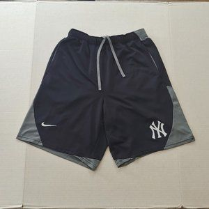 New York Yankees Nike athletic shorts